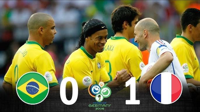 FIFAワールドカップの歴史で凄かった試合、見応えのあった試合は 2006年ドイツW杯の準々決勝 フランス代表 vs ブラジル代表 の試合がけっこう見応えのある一戦でしたよね? フランス代表は