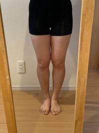 スカートを履ける足になりたいです。  17歳、156cm、51kg ソフトボール部  全体的に脂肪がついていて、特にふくらはぎが気になります。 全体的に痩せるためには何をしたら良いか教えていただきたいです!