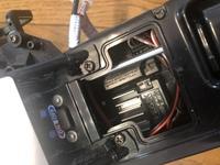 タミヤのラジコンについてです。 元々受信機にあった送信機にて遊んでましたが、送信機を紛失してしまいました。 別で持っていた送信機のクリスタルをちゃんと受信機につけたのですが反応しましせん。  添付写...