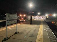 近鉄大阪線、三重県伊賀の青山町駅ですが、この駅は快速急行が止まり、切り離しも行われる駅ですが、 なぜ、青山町駅に快急が停車するのか?