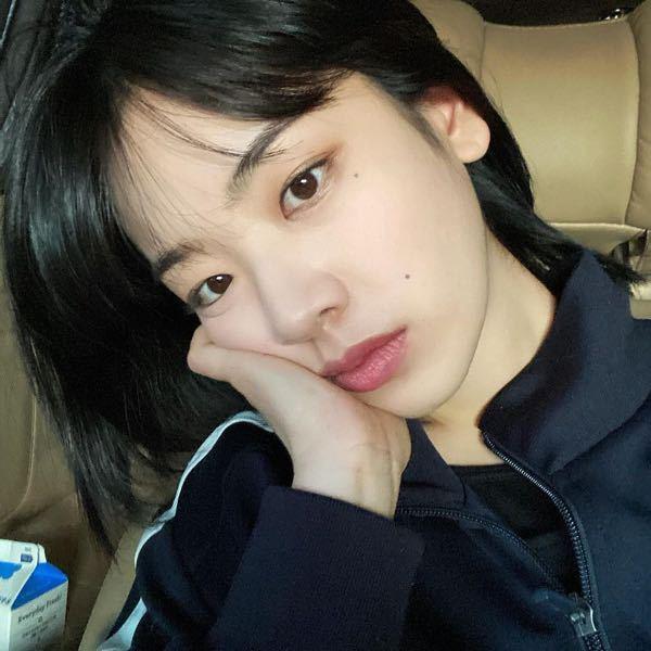 이주영 Leejooyoung インスタを見てて思ったのですが。 ジュヨンさんはなんで投稿を消すのですか? Googleでイ・ジュヨンさんの写真を検索すると、見たことないインスタの写真...