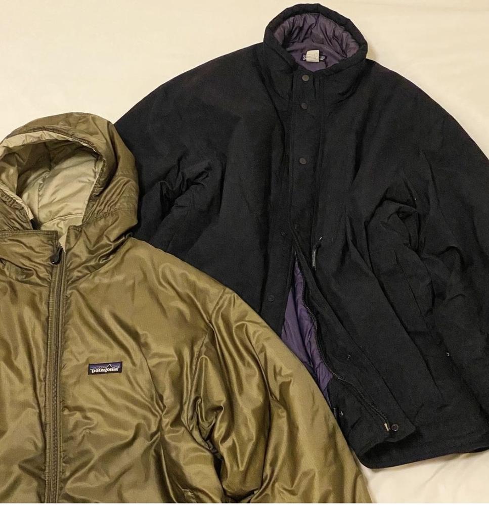 パタゴニアのジャケットなのですが、画像の2つのモデル名わかる方教えて頂けますか。宜しくお願いします。