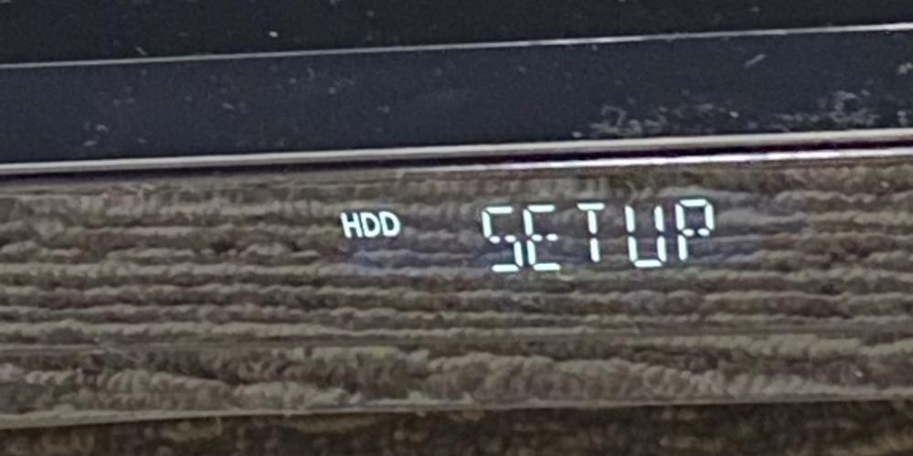 パナソニックブルーレイディスクレコーダー本体 SET UPのまま起動しない テレビ TH-49FX600 レコーダー DMR-BCW560 何度接続ガイド通り アンテナケーブル、HDMI、地上...