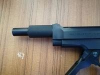M93Rのガスガンなのですが、先っぽの部分はどんな名前でどんな機能なのですか? 実銃には同じ物がありますか?