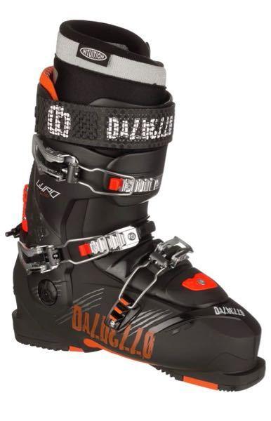 フリースキーについての質問です。 スキーでグラトリ系、キッカーをメインでやりたいと思っているのですが、ダルベロ LUPO 2015〜2016のモデルでやりやすいか知りたいです。フレックスが130...