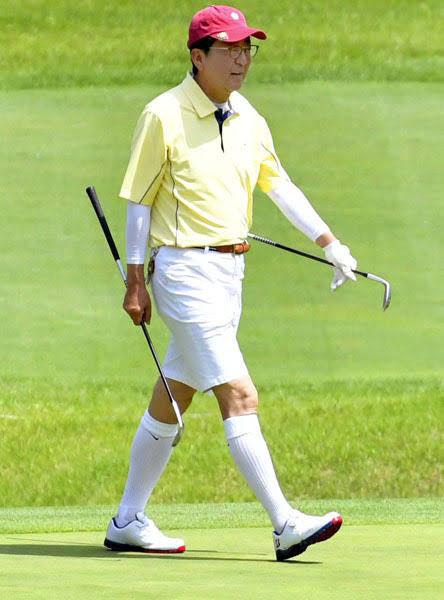 ★★ゴルフの時代遅れのドレスコード反対★★ ドレスコードは守るのにスロープレーで迷惑をかけまくるマナー違反の老人が沢山いるのはなぜ? ドレスコードを守ってもプレーマナーがあれではね(笑)