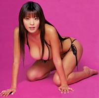 グラビアアイドルとして活躍していた 根本はるみさん・大沢舞子さん・松金洋子さん  この中で好きだった人はいますか? 理由も回答していただくとありがたいです  因みに私は、根本はるみさんが好きでした。 1mを...