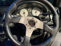 Momoのホーンボタンを買ったんですがスカスカでした。これに合う大きさのホーンボタンはなんですか? ステアリングはmomo race35φです。