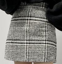 骨格ウェーブは画像のようなミニスカートは似合わないですか??
