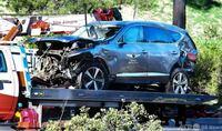 タイガーウッズの事故のニュースを見て思いましたがジェネシスは安全な車であると証明されましたねw グルグル何回転も転がればボルボだろうが脚折る可能性あるし上半身や頭部は守られたしこの潰れ方を見れば一流...