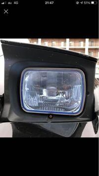 このヘッドライトだけで車種ってわかりますか?