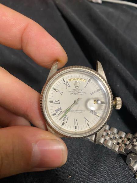 かなり古いものなのですが、 この時計は偽物でしょうか? Rolex