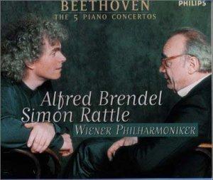 このCDピアノ協奏曲全曲集はいかがでしょうか。感想など。 アルフレッド・ブレンデルとサイモン・ラトル・ベートーヴェンピアノ協奏曲第1~5番「皇帝」・ウィーンフィル・CD3枚組みです。Amazon...