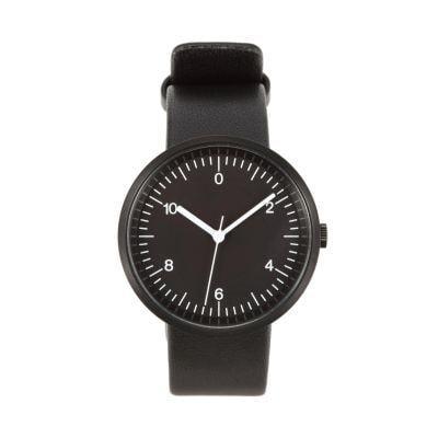 こんな感じの 1秒ごとに印(?)があって文字盤が黒のシンプルな時計はありますか? 5000円以下でお願いします。