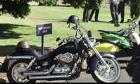 NET FLIXの[キスから始まる物語]という映画に出てくるこちらのバイクはなんというバイクかわかる方いますか。