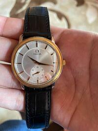 このオメガの腕時計はなんという名前(型番?)ですか?