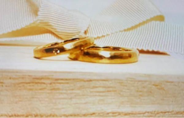 この指輪はどこのブランドのものか分かる方いますか?