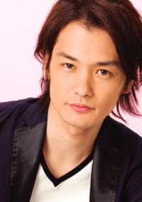 芸能人のおはなし。写真は、若いころの純烈・小田井涼平さんです。どう思いますか?教えてください。お願いします。