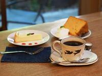 レアチーズケーキと紅茶のシフォンケーキ、どちらが良いですか?