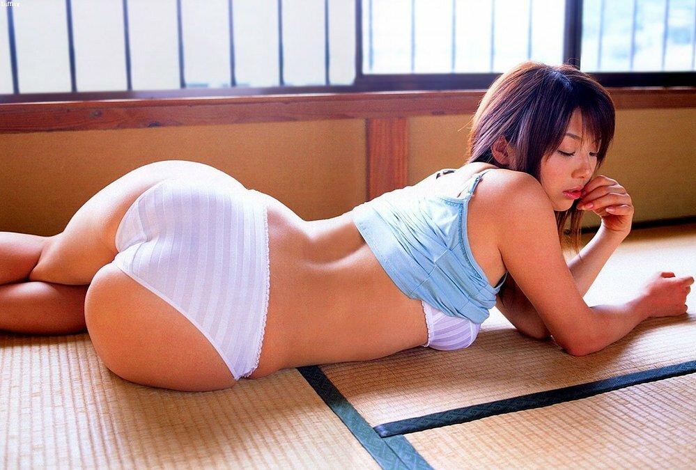 相澤仁美はケツ=尻が売りな グラビアアイドルだったのでしょうか?