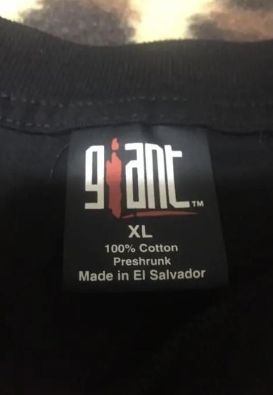 ヴィンテージのバンドTシャツについてです。 このgiantタグなんですけど、刺繍じゃないパターンって本物なんですか?調べても何も分からないのでわかる方いらっしゃいましたら教えて頂きたいです!!