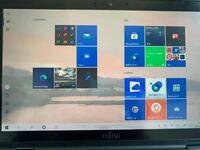 Windows10のノートパソコンです。 関係あるか分かりませんが、アップデートしてからこうなったぽいです。 再起動、シャットダウンしてもこの画面が表示されます。 WindowsキーとDを押しても変わりません。  どうやったら普通のホーム画面に戻れますか?