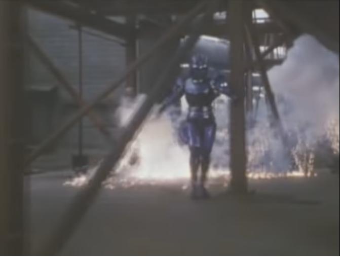 『優れた操作技術で多方向にいる敵をインプットカードガンで攻撃するテントウ』 数あるアニメや特撮作品の中で「センスがズバ抜けていたり、トリッキーな使い方で武器を操作する人物」と聞き、あなたはだれを思い浮かべましたか?