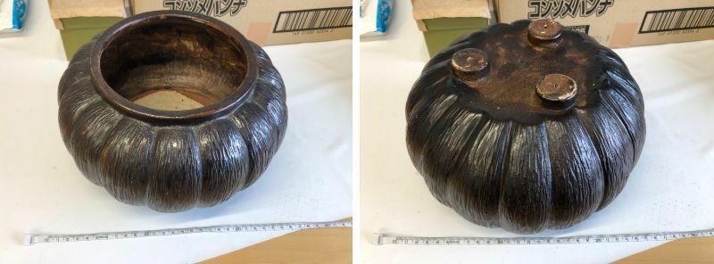 こちらの壺?花器?茶道具? なにに使う物で商品名などお判りになる方はいらっしゃいますでしょうか? 素材は陶器だと思います。 宜しくお願い致します。