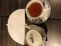 紅茶を頼んだら、何にどう使うのか分からない物が…詳しい方教えてください