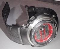 Gショックの時計のバンドなるべく安値で買いたいです。 ネットショップなどでご存知の方おしえてください。