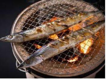 嫌煙者の皆様は焼き魚を食べますか? 焼き魚を焼く時にはタバコ以上に発癌性物質であるタールが大量に発生するらしいですよ!