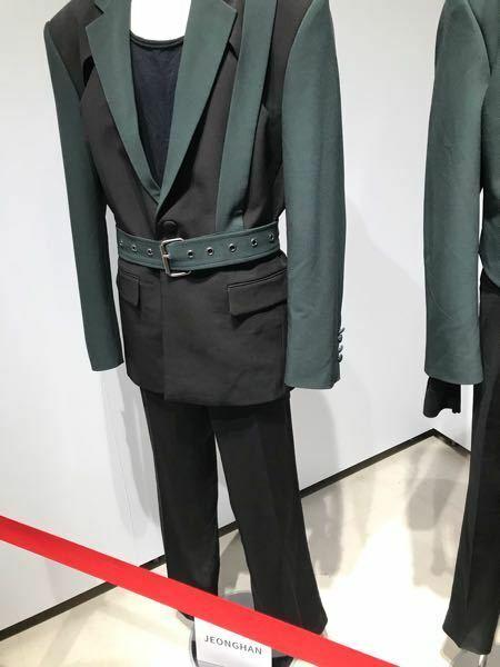 SEVENTEEN MUSEUMに飾ってあった衣装はガチで着てたものですか?それともレプリカですか?
