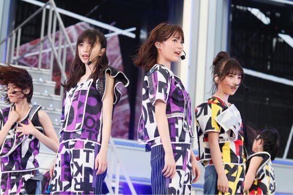 これまでの乃木坂のライブで、この写真の衣装を着たライブを全て教えてください。 できればその時の曲もお願いします。