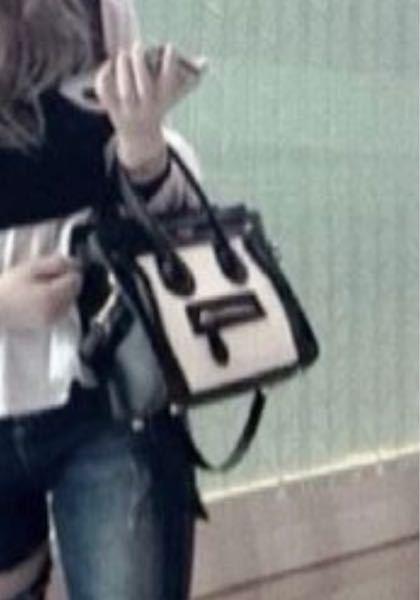 こういうバッグって何で調べればでてきますか??