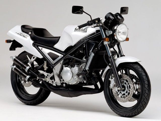 R1-ZてRZ250の後継モデルだと思うのですが。 ・・・・・・・・・・・・ RZ250の後継モデルなのになぜ350㏄がないのですか。 ・・・・・・・・・・・・ と質問したら。 売れないから。 とい