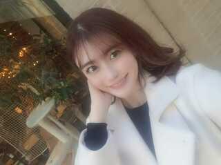 この写真の子って一般的に見て可愛いと思いますか?(*^◯^*)