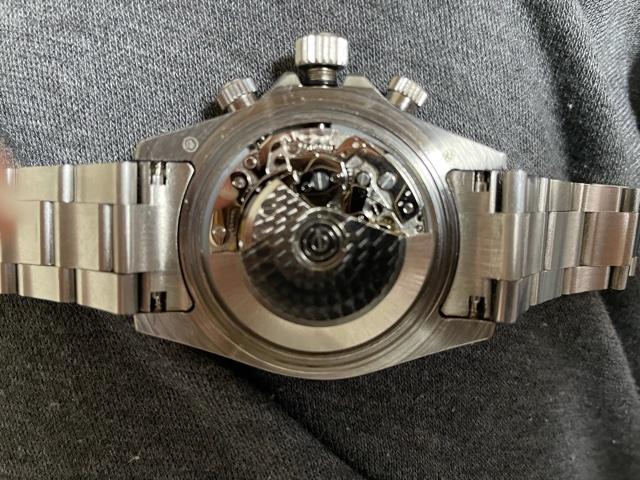 この時計のムーブメントのオシドリの位置がわかる方がいらっしゃったら教えて下さい