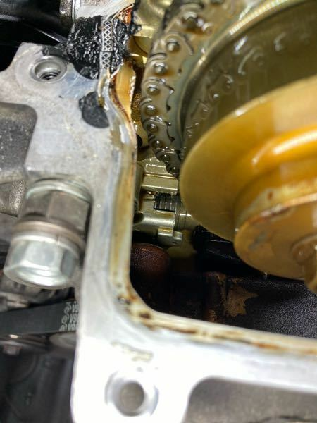 タイミングチェーンのテンショナーの出具合はどうでしょうか?よろしくお願いします。初期のKFエンジン、ターボです。