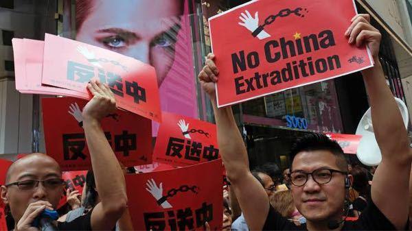 そのうちに、香港も、新疆ウィグルやチベットみたいに、大虐殺や、絶滅・強制収容所が何箇所も出来るのでしょうか?