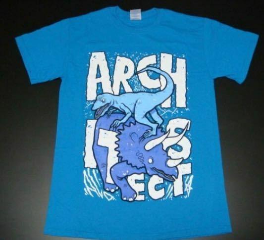 このTシャツが似合う人ってどんなパーソナルカラーの人なんでしょうか?
