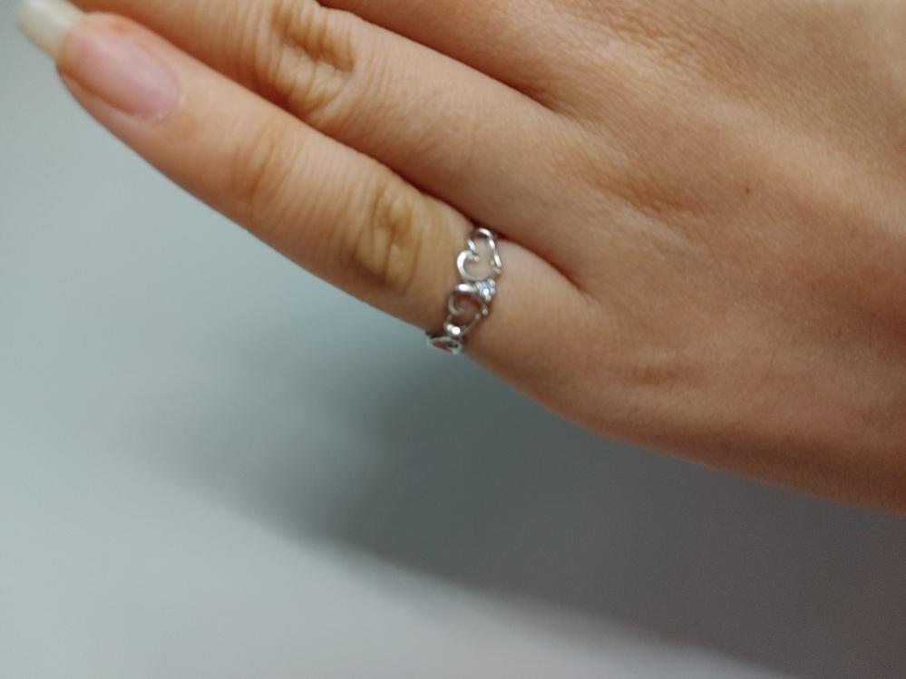 この指輪、どう思いますか? お礼25枚。
