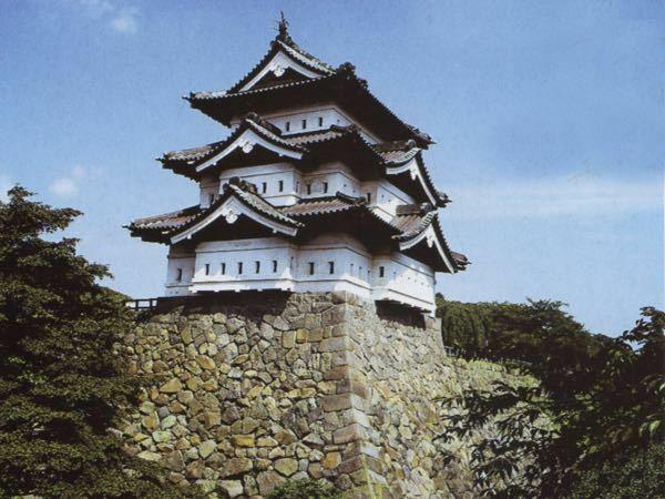 行って良かったお城 何処ですか? ↓ 11位の弘前城です