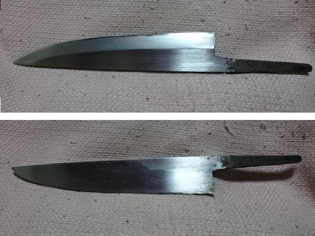 この画像の包丁の名称を教えて下さい。 刃渡り:20.5cm 厚み:5mm 身幅:4cm 片刃です。 研ぎ味を見るに、刃金は青鋼かと思われます。 よろしくお願い致します。