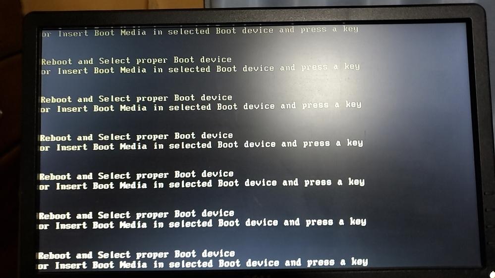 固まってしまって困っています。 パソコンに詳しいかた、解決法をお願い致します。 ちなみにWindows10を使っています。