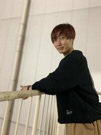 芸能人のおはなし。純烈の後上翔太さん(写真)は、結婚する気はあるのですか?教えてください。お願いします。