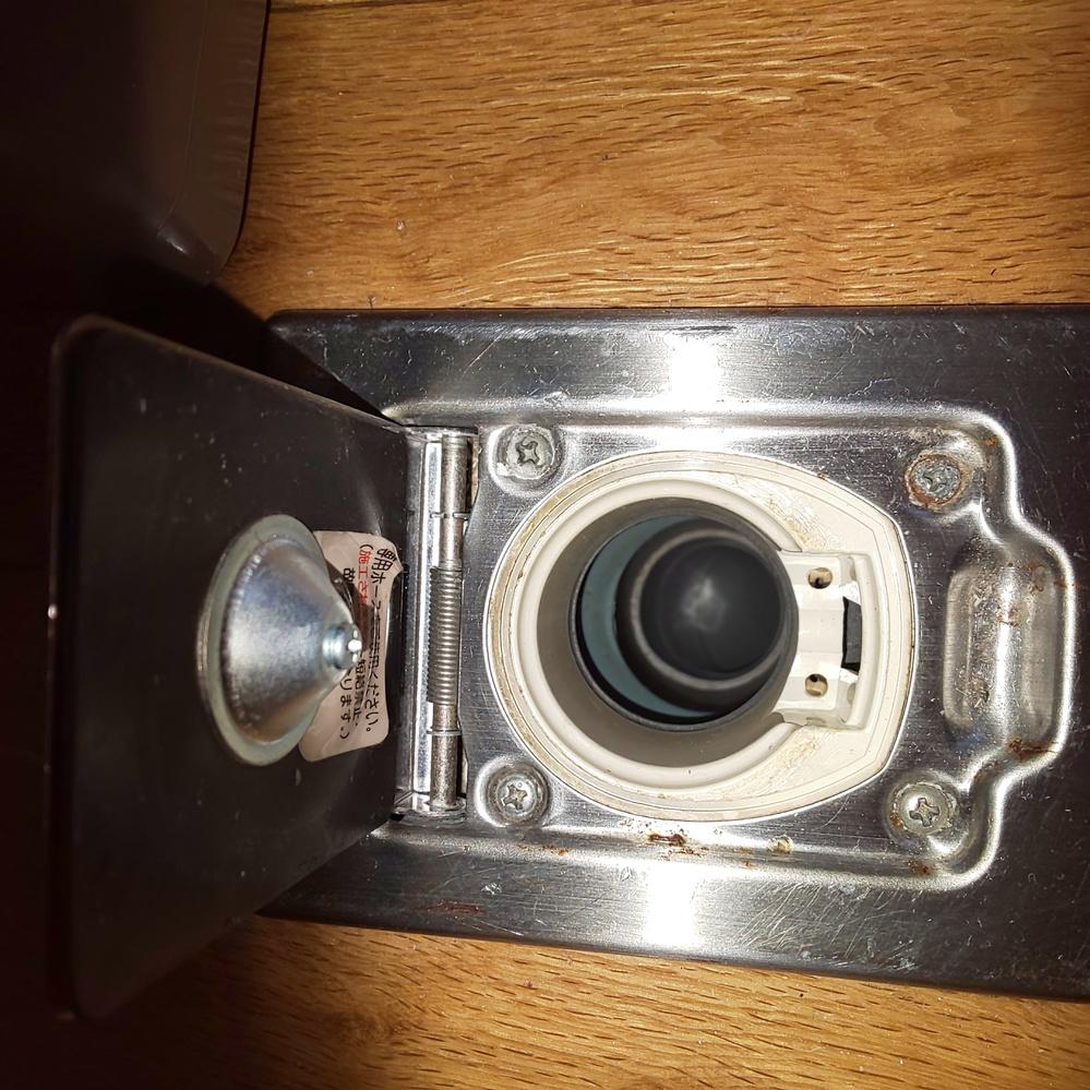 ナショナルセントナルクリーナーMC-810Aが壊れました。 日立(買い替え用)CV-911CPを購入しようと思いますが、 ホースと既存の吸い口が合うかどうかわかりません。 よろしくお願いいたします。