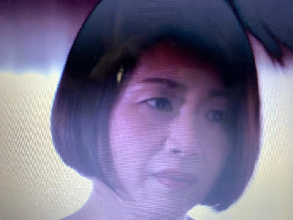 この画像の女優さんの名前を教えてください。