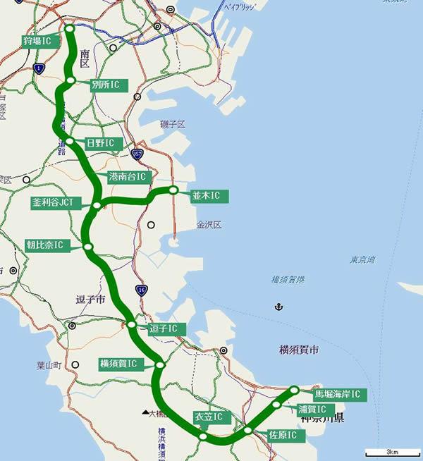 神奈川県の横浜横須賀道路は衣笠ICからは佐原IC・浦賀IC・馬堀海岸IC(終点)の順に東に進んでいますが、 南に方向転換して三浦市方面に建設すべきだったのでは? 三浦縦貫道路ではいまひとつなので。