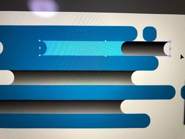 イラストレーターにて。 (ver.25.2.1) ベタ塗りの図形の上に白黒のグラデーションの図形を重ねて配置し、透明パレットでモードを乗算やオーバーレイにする場合。 画像のように、重なった部分のグラデーションが消えて、単色のオーバーレイになってしまいます。 解決策教えてください。