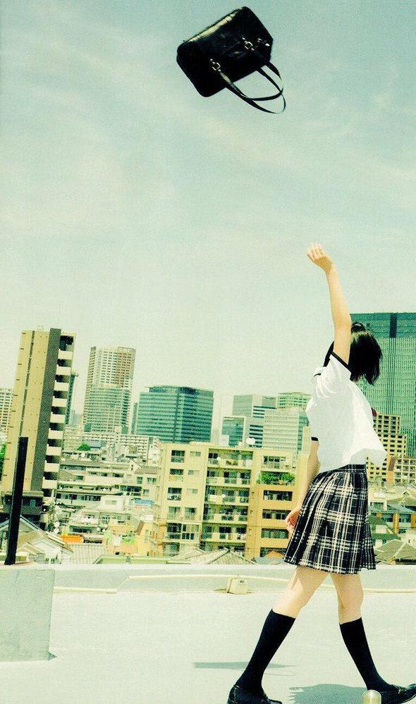 欅坂の壁紙を探してたら見つけたのですが、これは欅坂46の何の時の画像ですか?また、平手友梨奈であってますか?